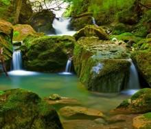 07-waterfall